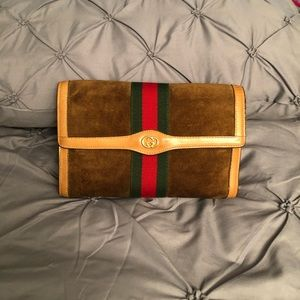 Vintage Gucci Clutch. Make an offer......